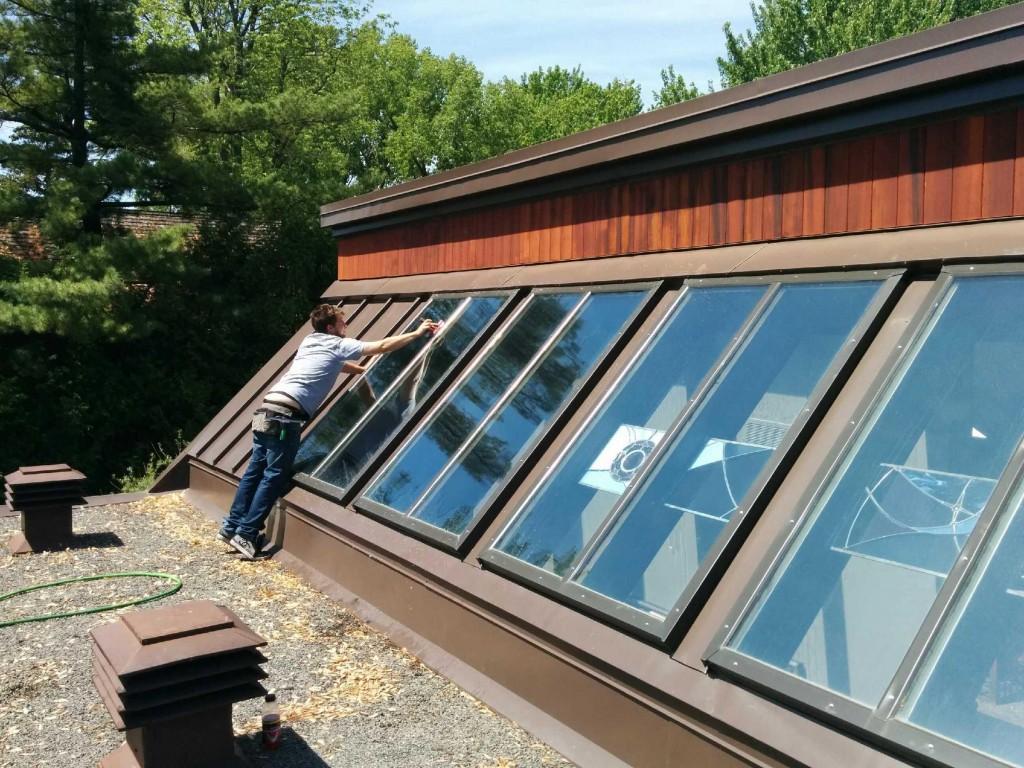 Installation film solaire sur vitre extérieure