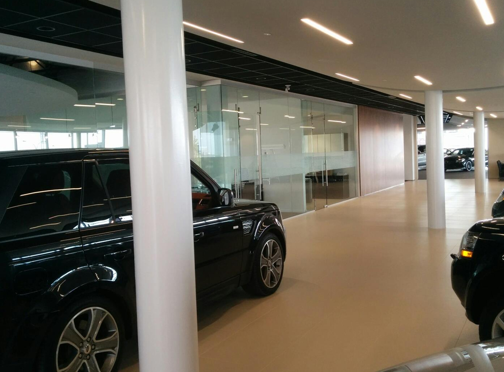 Pellicule décorative Aston Martin